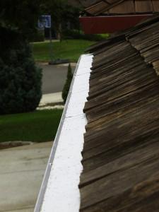 Cedar shake roof with Gutterglove